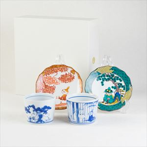 [Set] Kutani and Arita set / Snufkin & Little My / Moomin series / Soba choko cup and plate / amabro