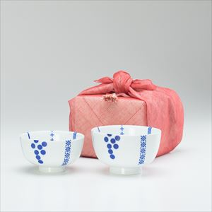 【セット】花茶碗ペア夫婦 ハナカザリ(化粧箱入) 布巾包/東屋