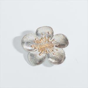 Flower Pin Brooch / Japanese plum / Nousaku