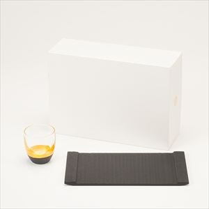 [Set] Japanese modern sake set / Gold & Black / Lacquer sake cup & Slate board