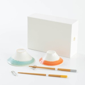 [Set] Auspicious set / FUJI WAN & Bamboo arrows 2 pairs / Rice bowls and Chopsticks / Floyd