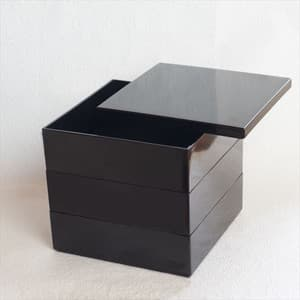 [Set] Jubako box / Jet Black / 6.5 sun / With Partition cup + Ume Mizuhiki band