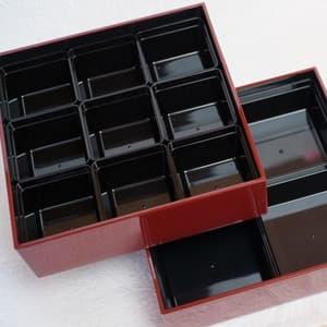 【セット】6.5寸三段重 紅・鈍・黒(仕切り&梅水引バンド付き)_Image_1