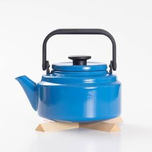 【セット】アムケトル ブルー & なべしきハウス メープル/やかん 鍋敷き