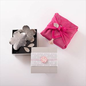 [Tamatebako set] [Handkerchief wrapping] Tin Sakura dinner pair / Single Jubako box (S)