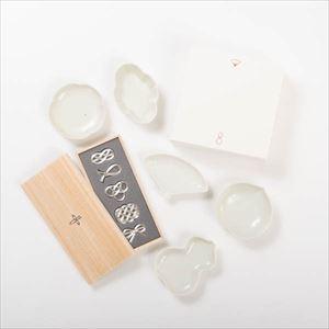 【セット】幸せを運ぶ豆皿と箸置き 縁起柄と水引結びのセット(土灰) 化粧箱入