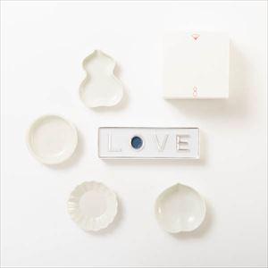 【セット】幸せを運ぶ豆皿と箸置き 愛の花言葉セット 化粧箱入