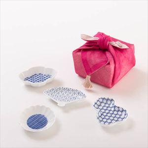 【セット】印判豆皿 4枚組モチーフ(化粧箱入) 赤はんかち包/東屋