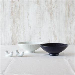 【セット】ラブバードと平茶碗ペア ネイビー&ホワイト 化粧箱入/箸置きと夫婦茶碗/白山陶器