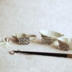 二人の幸せを届ける能作の「結び」箸置き