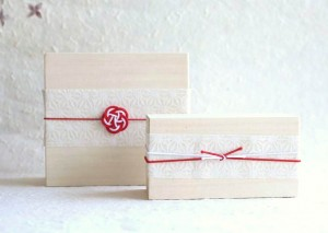 Elegant paulownia box for sake set of Nousaku
