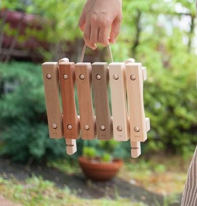 はじめましてのプレゼントに、安心安全の日本の木のおもちゃを