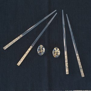 Various materials of chopsticks