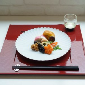 Easy and stylish! Table setting of Japanese Oshogatsu -Plate-