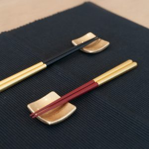 The meaning of sending 2 pairs of chopsticks