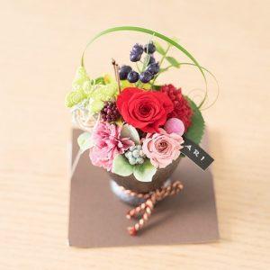 ついに入荷!母の日に贈りたい、可愛いお花のギフトはいかがでしょうか?
