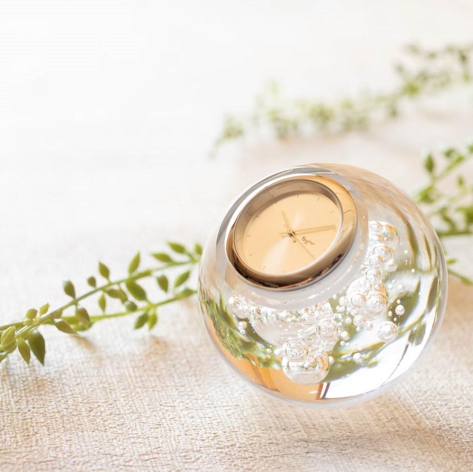 新商品!時を止めた美しさ スガハラのおしゃれなガラス時計